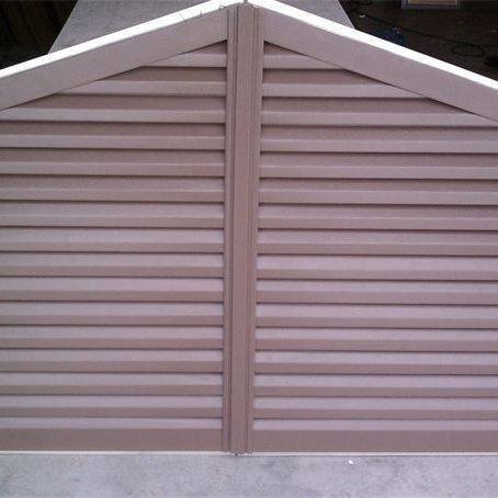 Two piece doghouse gable louver