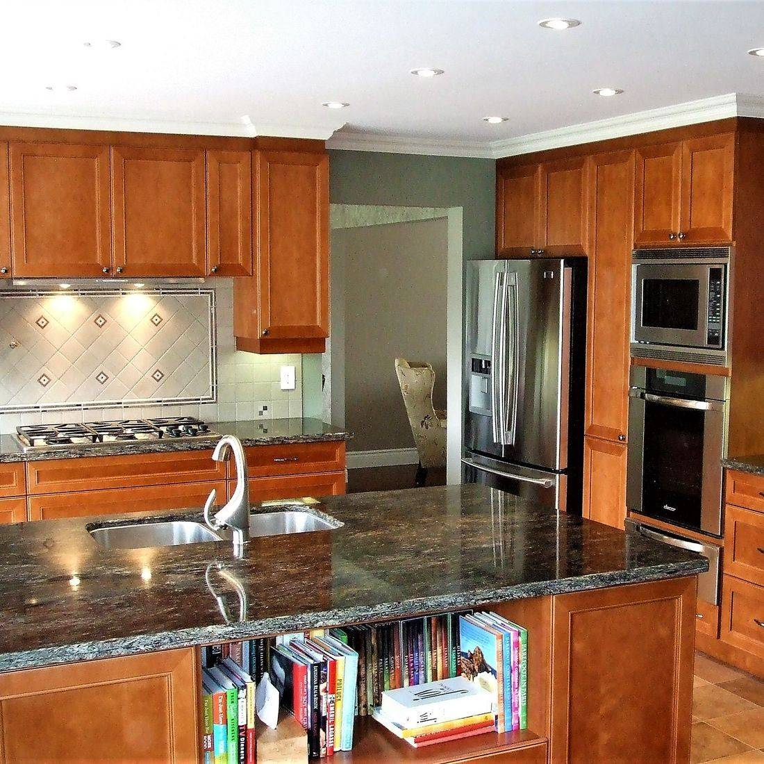 Sibra Kitchens Markham Toronto maple cabinets granite counter