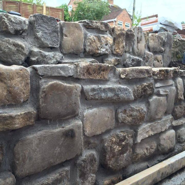 stone wall bath