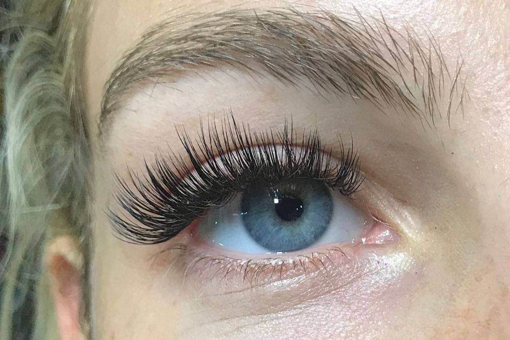 Russian Volume 5d  and Individual Eyelash Extensions Stanmore Bushey Harrow Edgware Radlett London