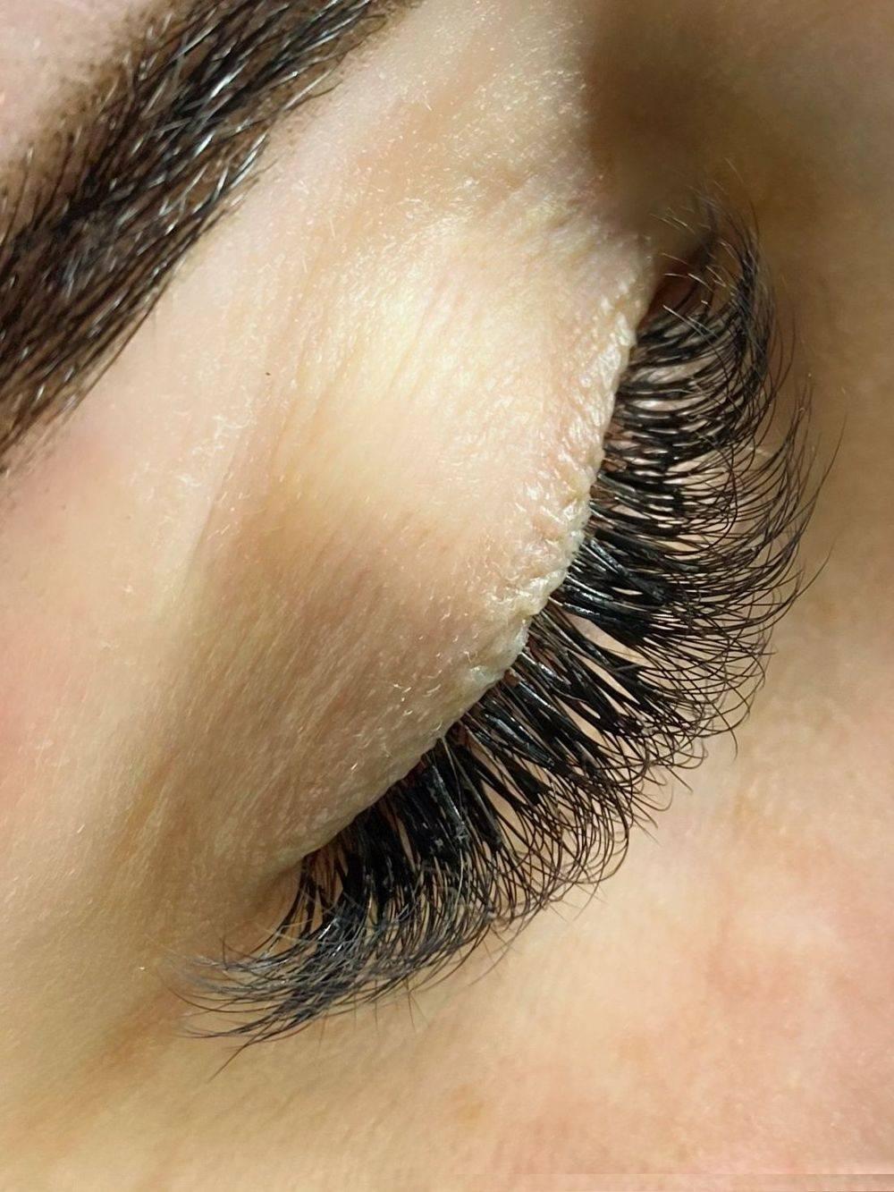 Lash extensions, lash lift, brow lamination, waxing, tinting, Henna Brows, Nails, great yarmouth