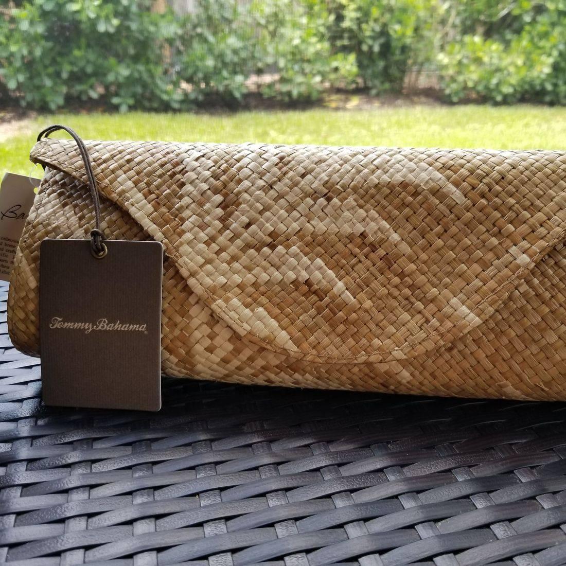 Tommy Bahama hand woven purse Banago