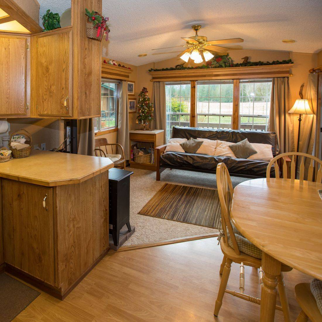 guesthouses, lodging, hotels, North Cascades, Washington