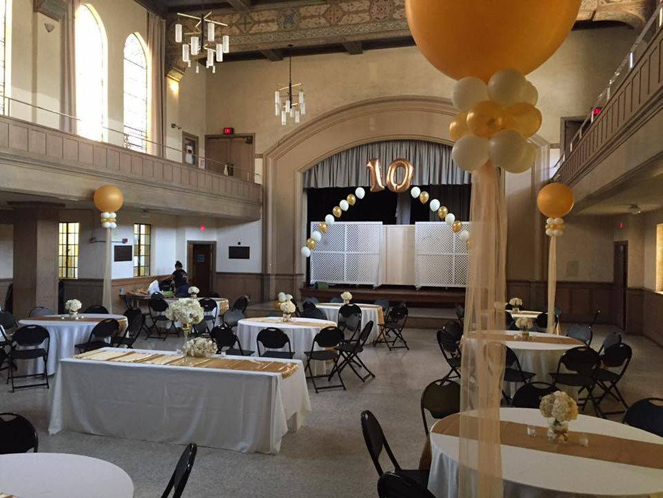 10th anniversary Balloon Arch, Numbered arch