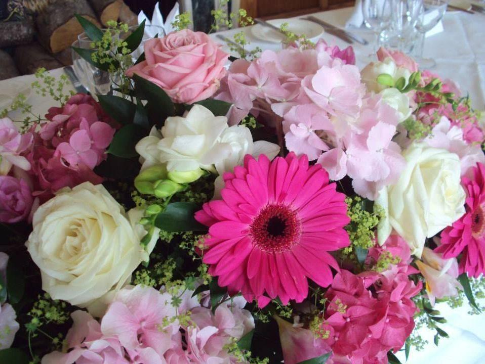 Fuschia pink gerbera roses wedding flowers