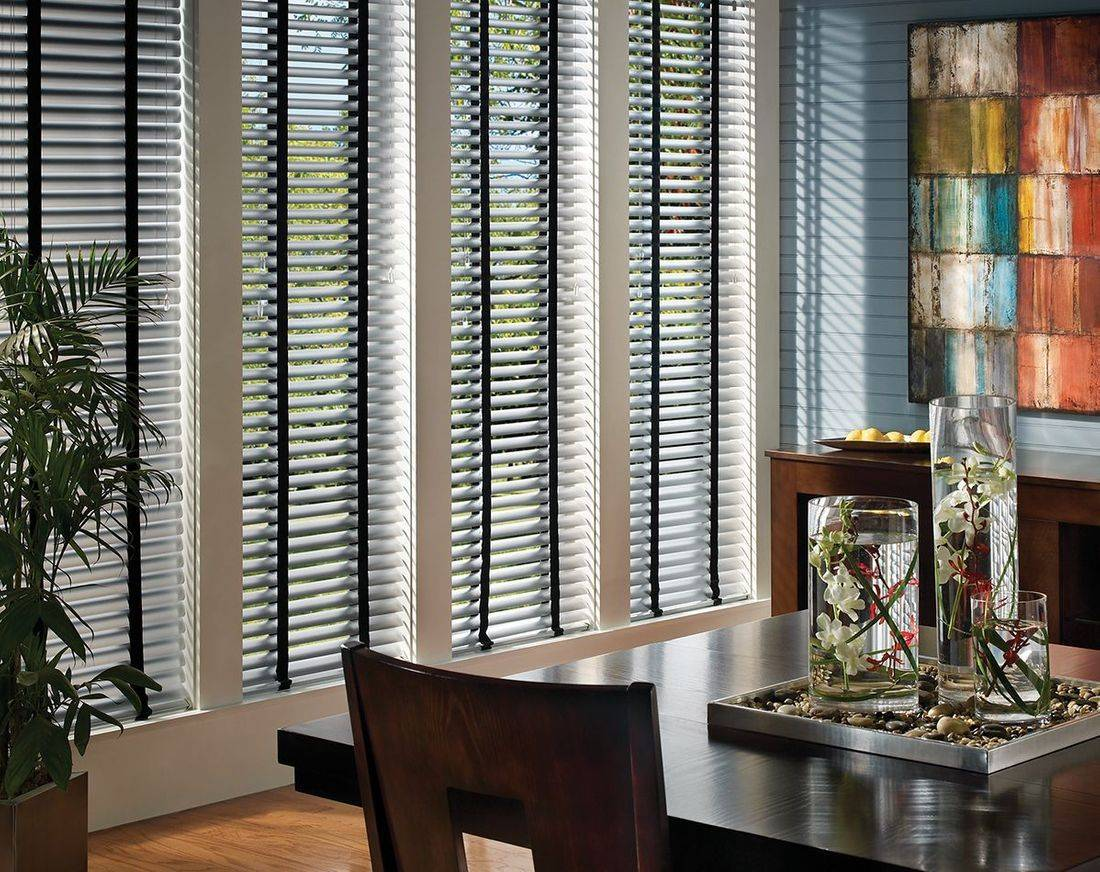 Hunter Douglas Modern Precious Metals Blinds are ideal for homes with contemporary decor and a need for an easy maintenance solution to high-traffic areas. Choose from a variety of colors and the exclusive MagnaView tilt option that doubles view-through between slats.