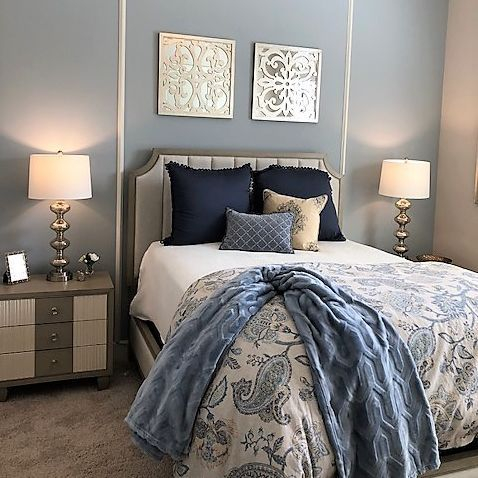 Guest room with trimwork