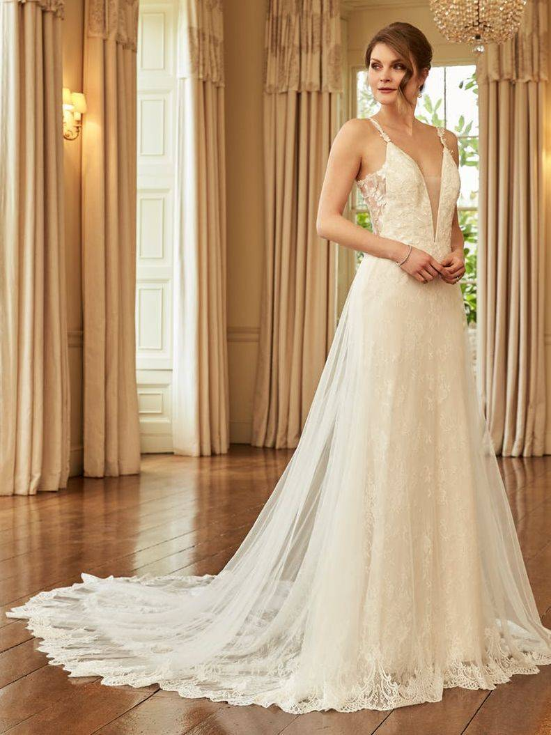 fitted lace wedding dress, straps, sale, romantica zebeline