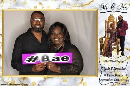 photo booth; wedding; prom; office party; idea; gift; school dance; prom