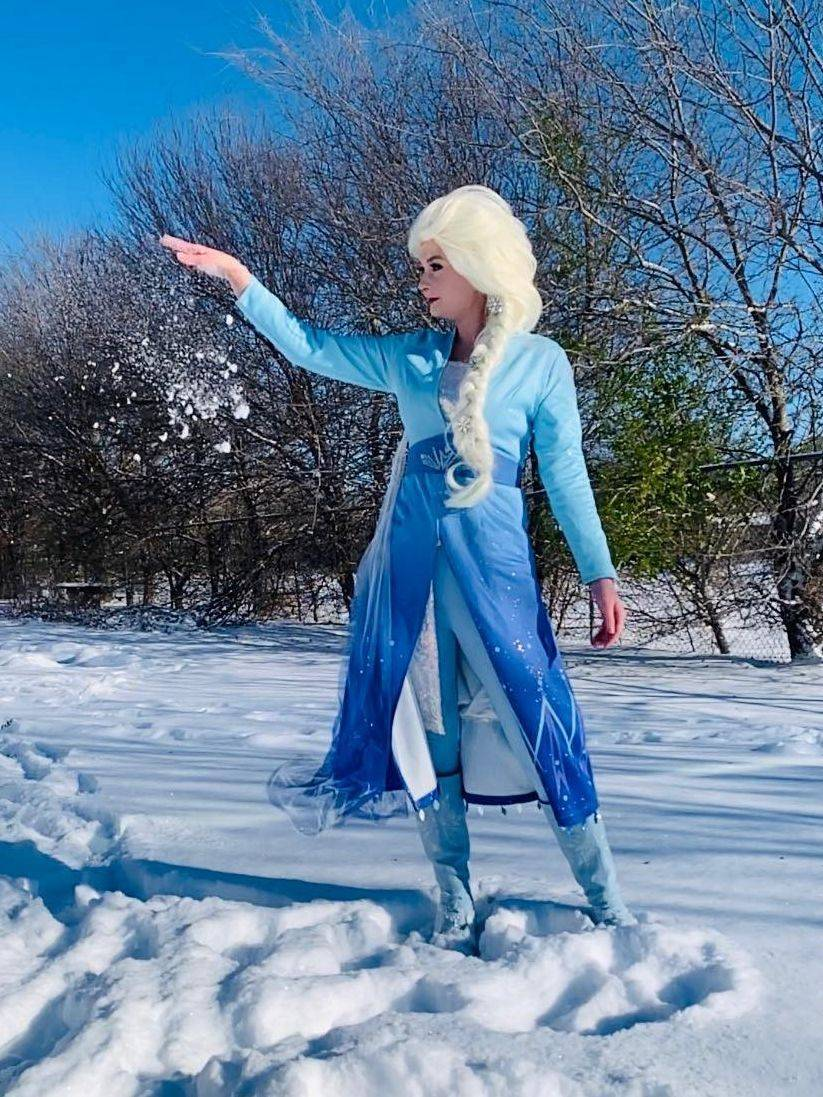 Frozen 2 Elsa Anna party character San Antonio