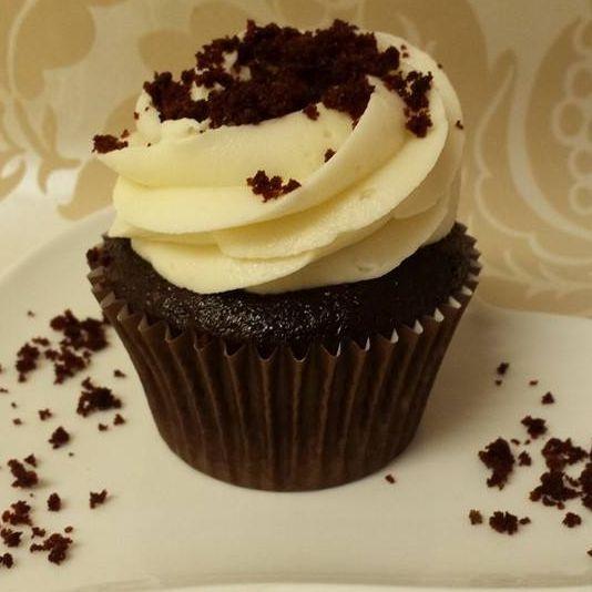 Vegan red velvet cupcake