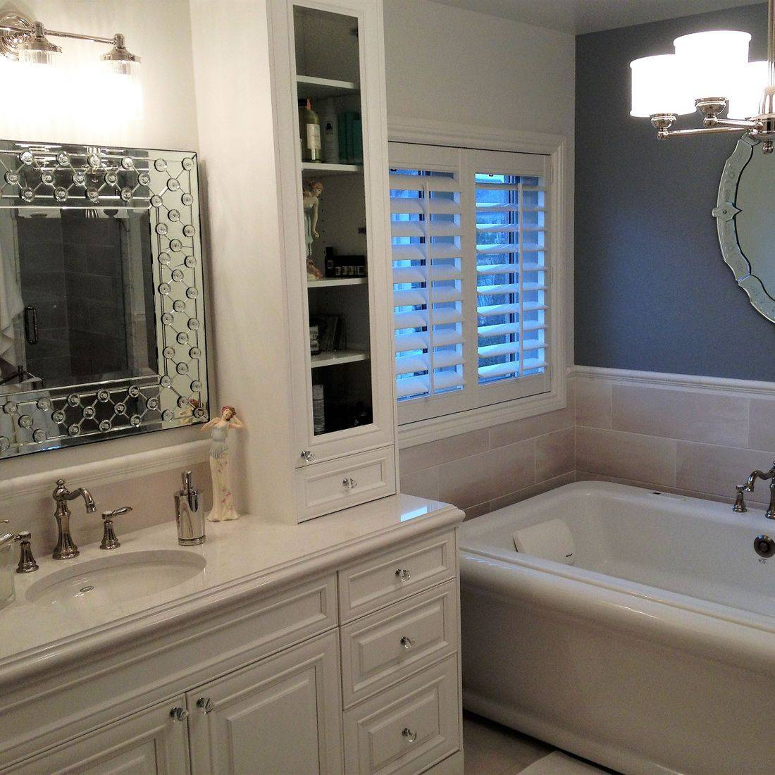 Sibra Kitchens Markham Toronto cambria quartz cabinets bathroom vanity soaker tub