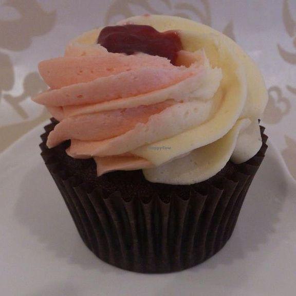 Vegan Rhubarb And Custard Cupcake