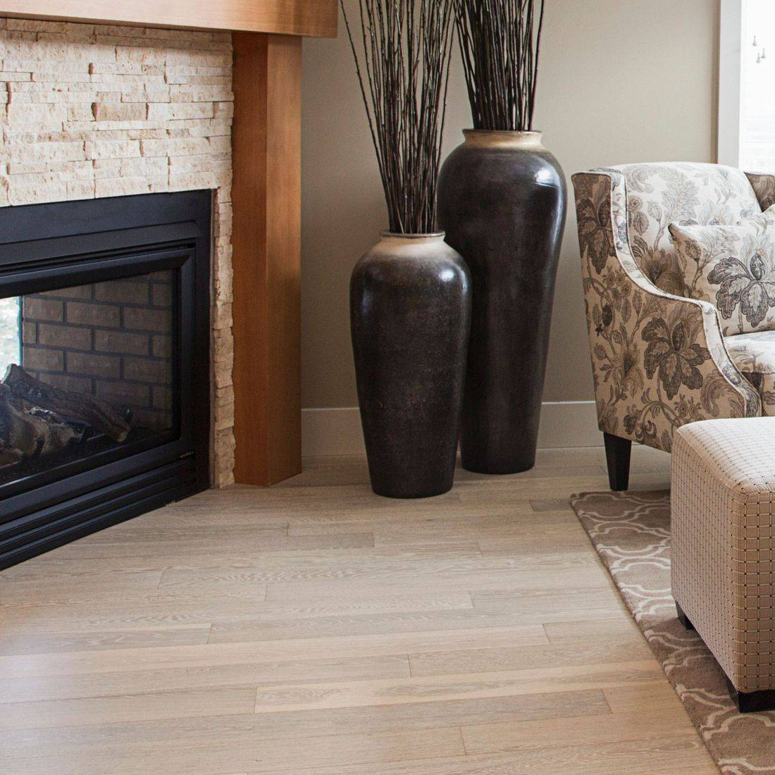 Hardwood, laminate, carpet, porcelain, marble, tile, vinyl, floor, plank