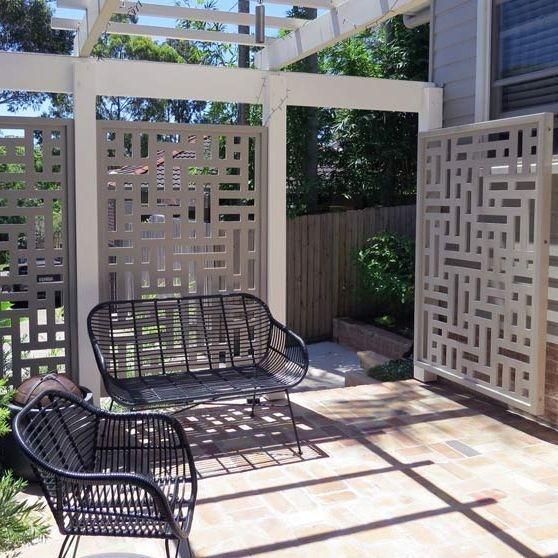 custom design fencing, feature panel gates
