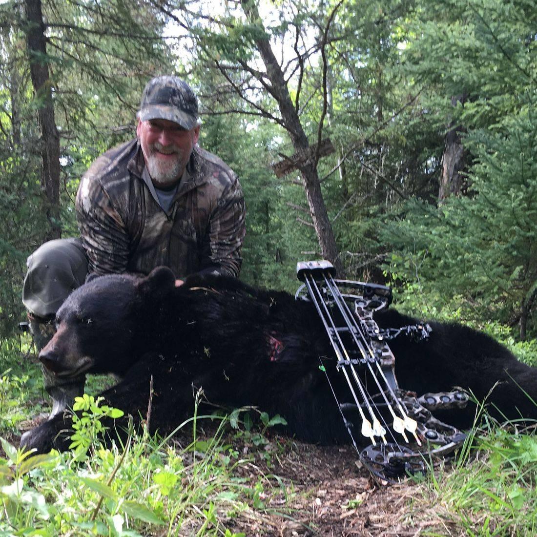 bear hunting, black bears, hunting, Manitoba Canada, Outifitters