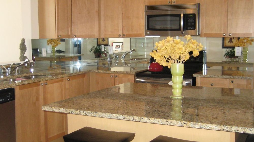 Mirror Backsplash, Markham, Pickering, Newmarket, Toronto, Whitby, Uxbridge, Scarborough, Ajax