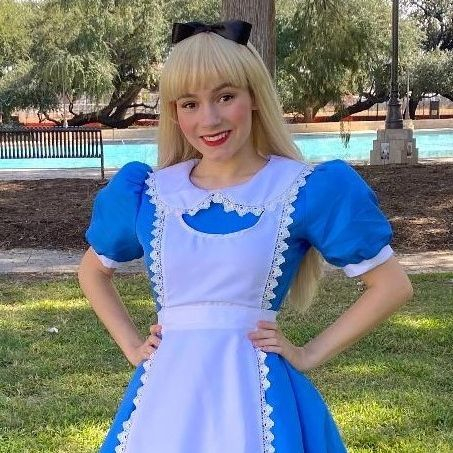 Alice in Wonderland character for children's parties in San Antonio TX