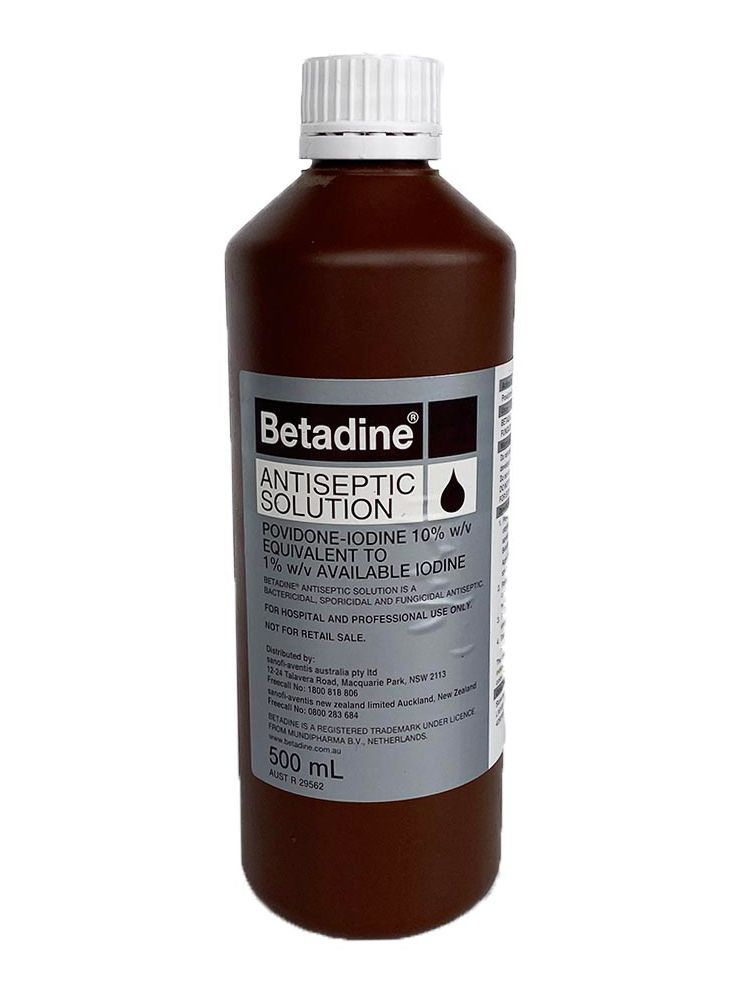 Antiseptic solution for wound care horse