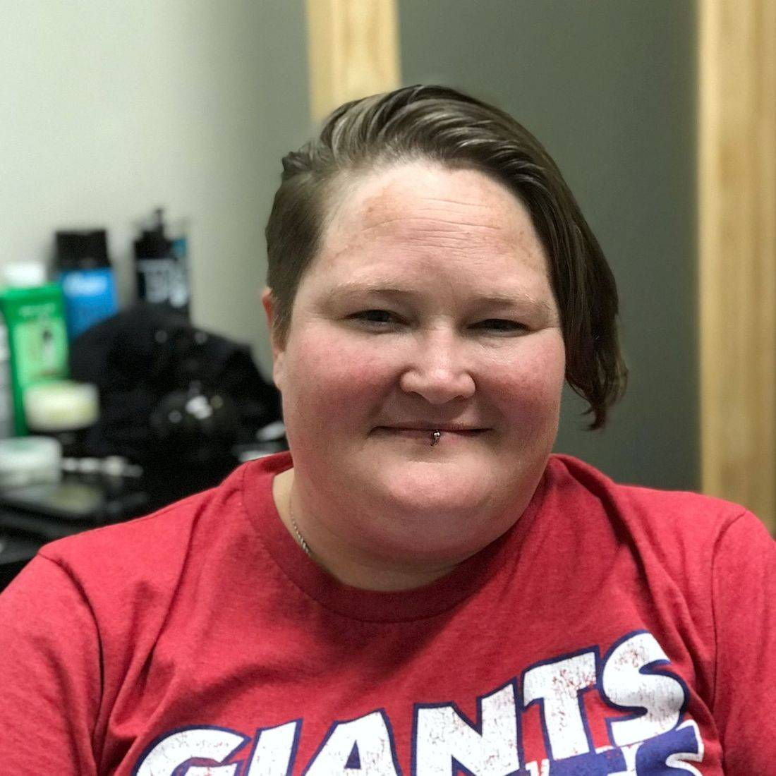 women's short haircut