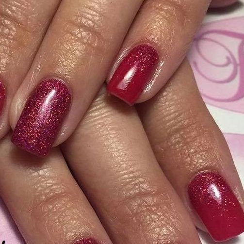 Lovely nails by a student following her Dip Nails Course