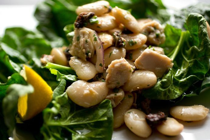 Tuscan White Bean and Tuna Salad
