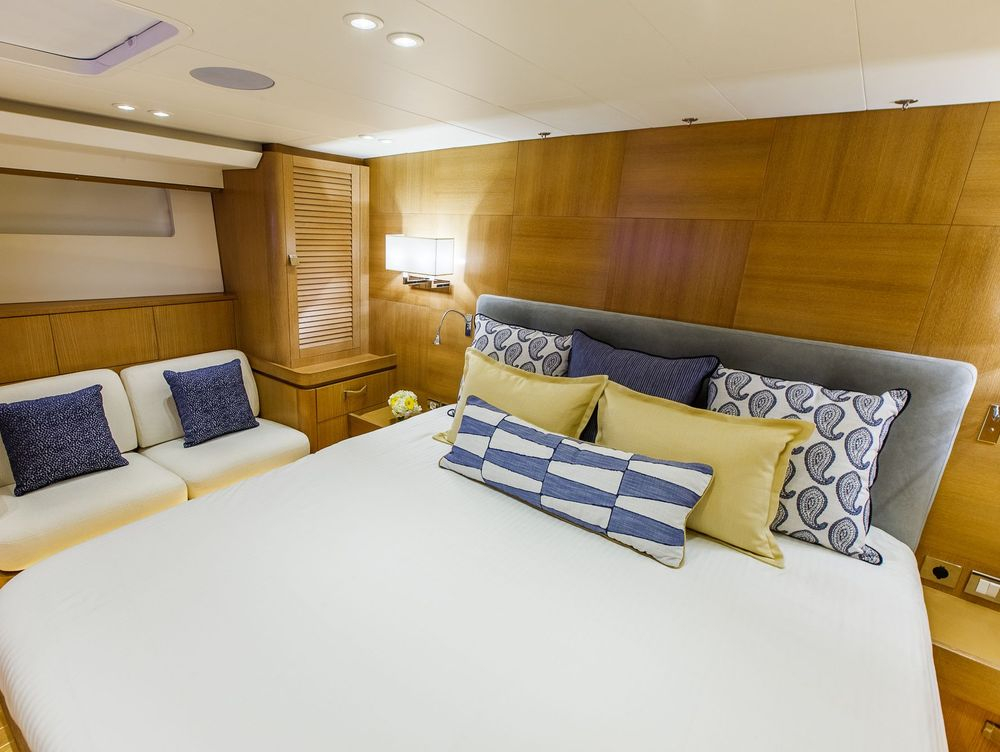 Master Stateroom with custom bedding and accessories #NewportYachtInteriors #Customyachtinteriors #Yachtinteriordesigner #customyachtbedding