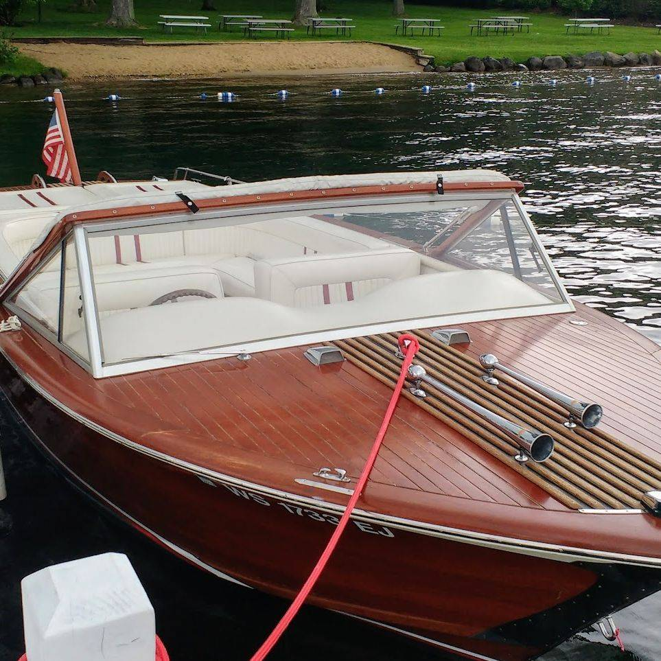 Streblow 23 V-drive for sale at Bergersen Boat