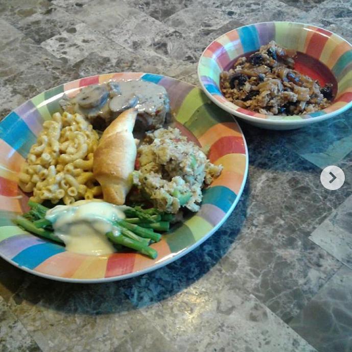 Vegan seitan mushroom roast, vegan sage dressing,   asparagus with vegan hollandaise, vegan mac & cheese, vegan apple crisp