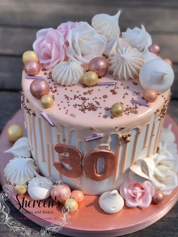 Drip cake gold rose meringues white ivory 30th birthday rose pink