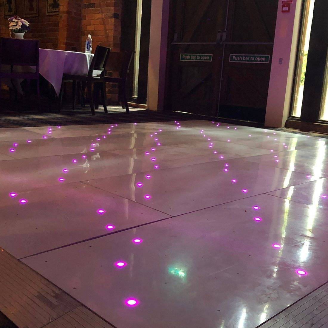 The Bell at Belbroughton  #Worcesterhsire #wedding #dj #weddingentertainment  #leddancefloor