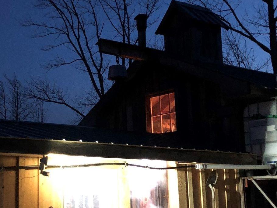 Steinbock Farm Sap House