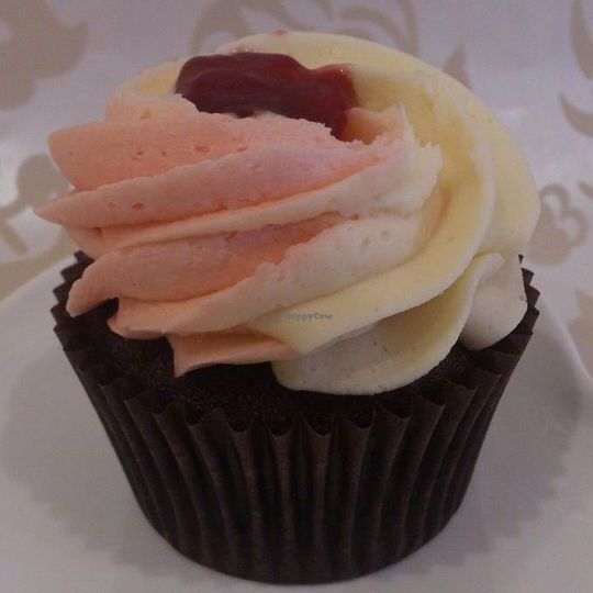 Vegan Rhubarb And Custard Cupcake