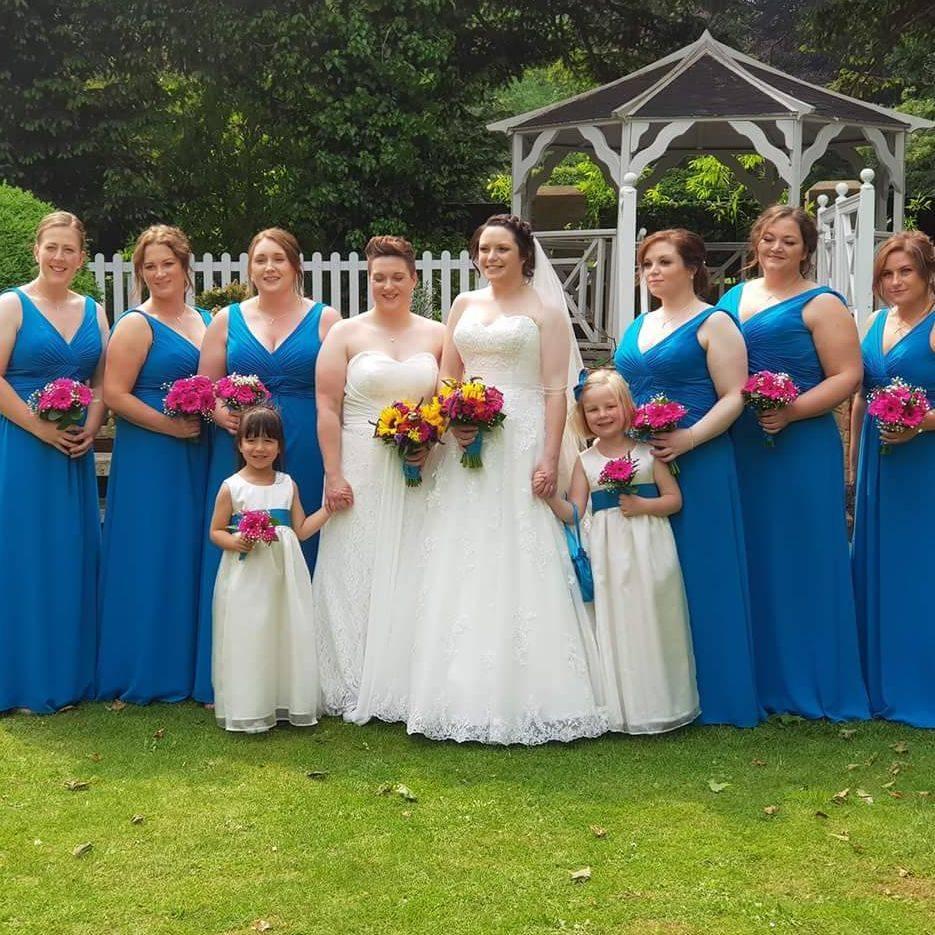 SIX Bridesmaids!