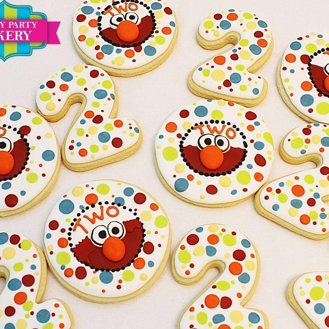 Elmo Polka dot cookies Milwaukee