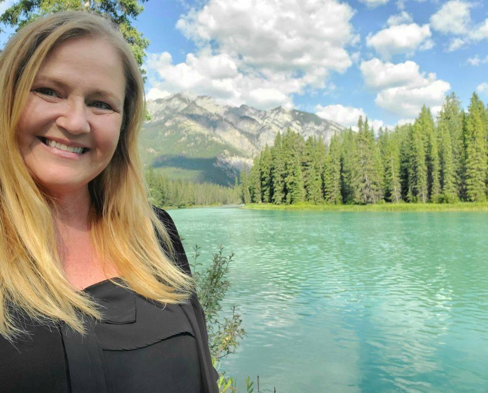 Victoriajohnson.org Victoria Johnson Writers Workshop Retreat Banff Alberta
