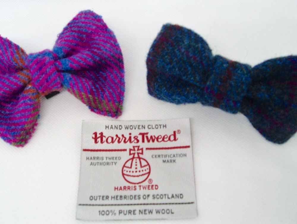Handmade Harris Tweed dog collar bow