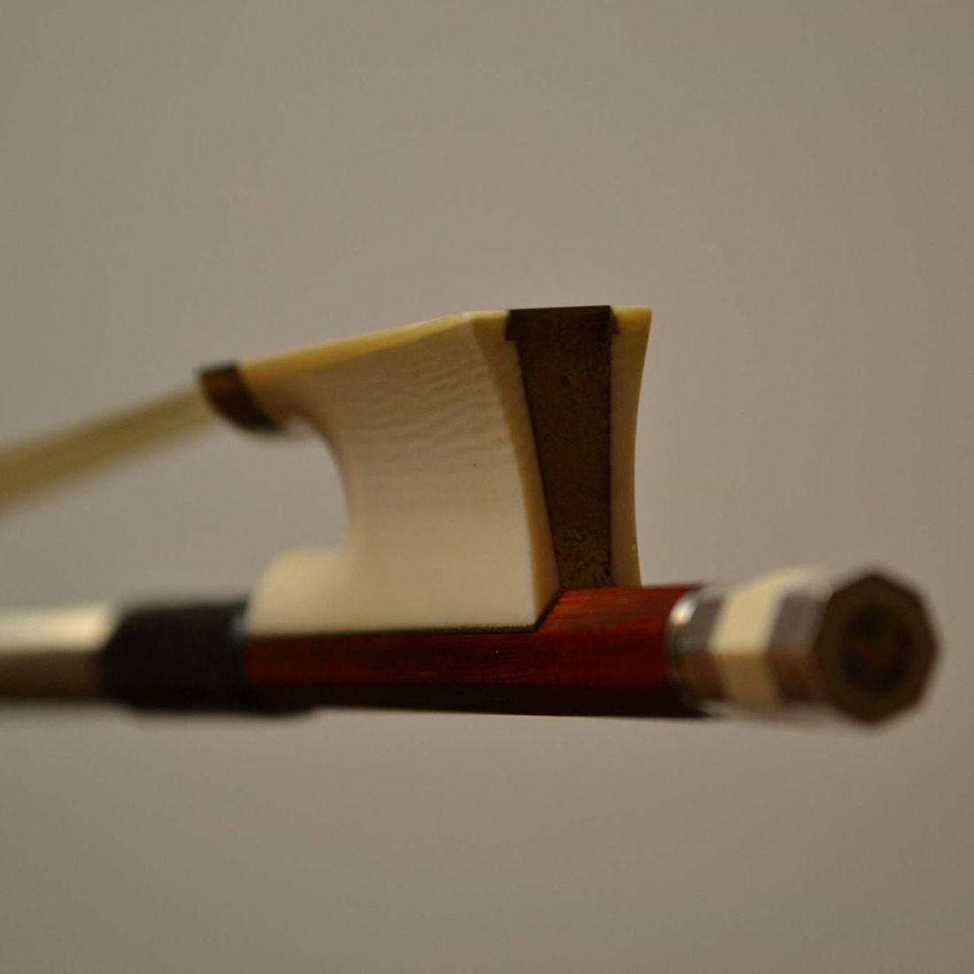 EMILE OUCHARD VIOLIN BOW