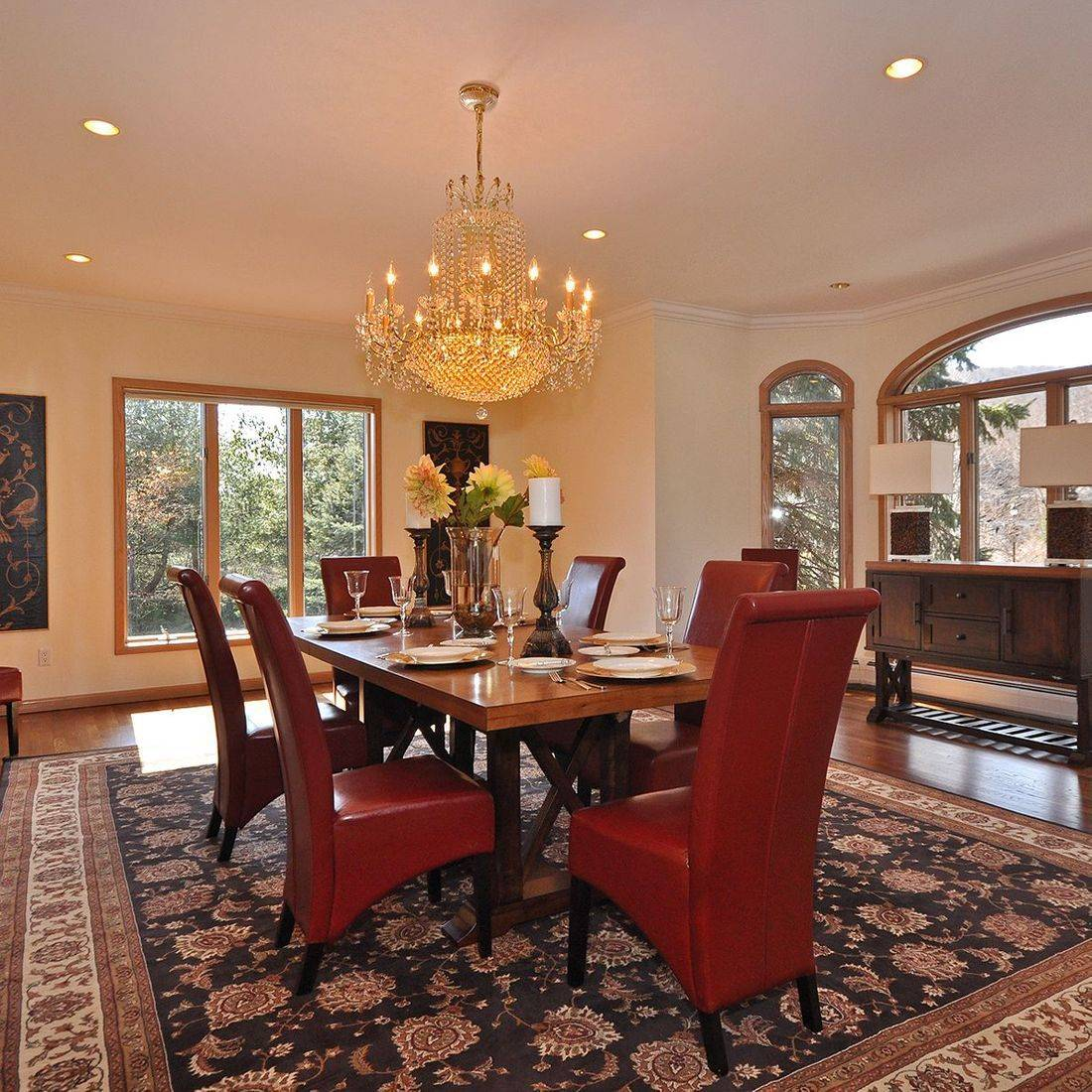 Luxury Staging - Dining Room