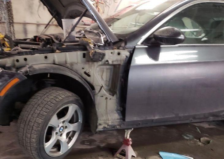 2008 Bmw 328i front bumper and fender repair