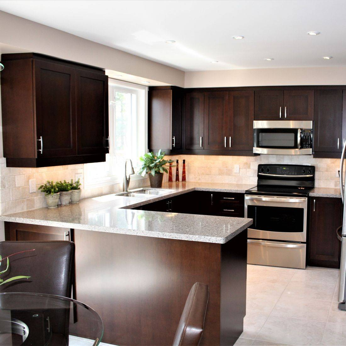 Sibra Kitchens Markham Toronto quartz counter maple shaker cabinets