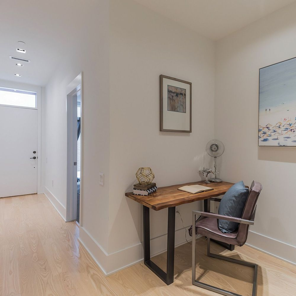 Open Office Space in Newly Renovated Home