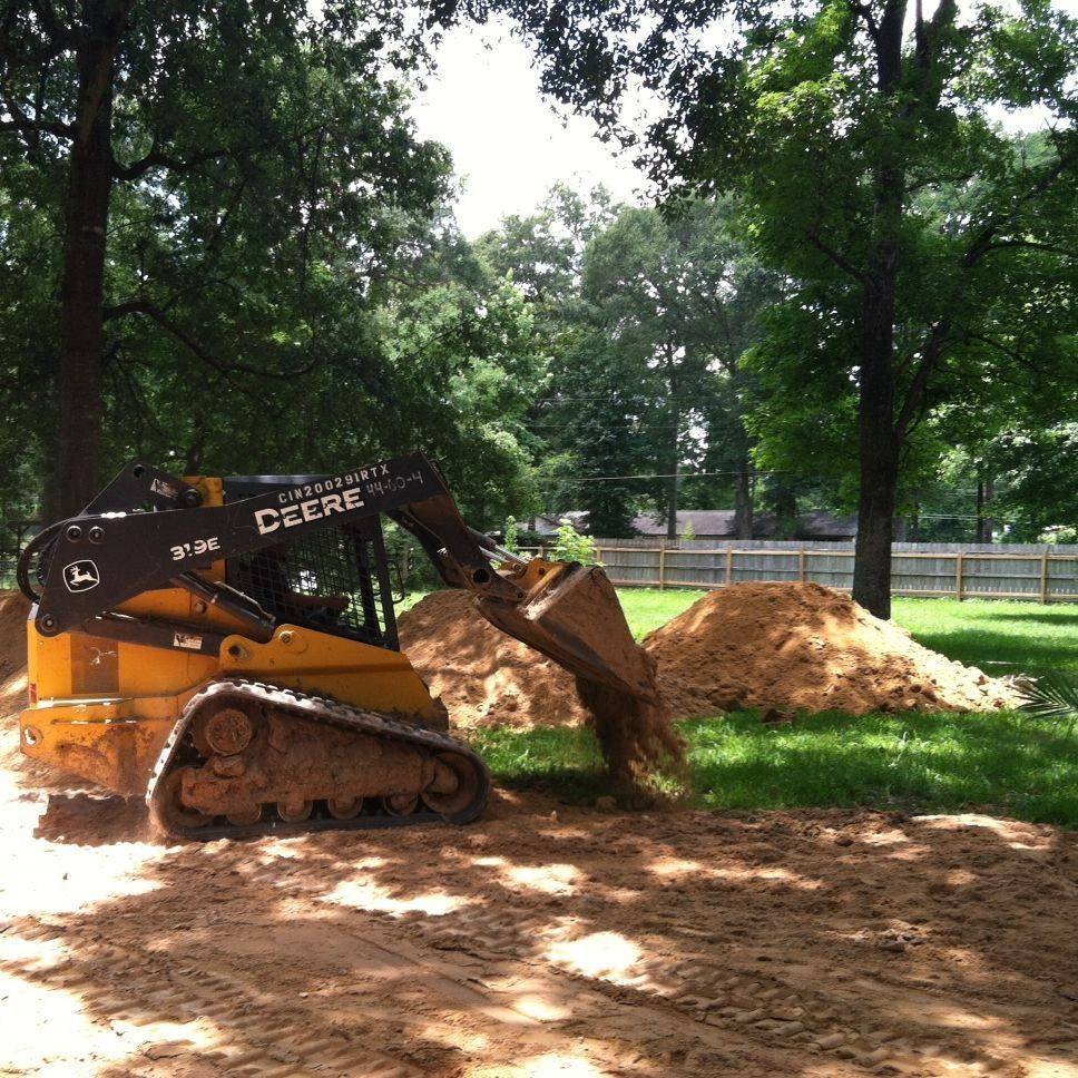grading, skid steer, dirt install, installation of material, clay, select fill, fill dirt, drainage