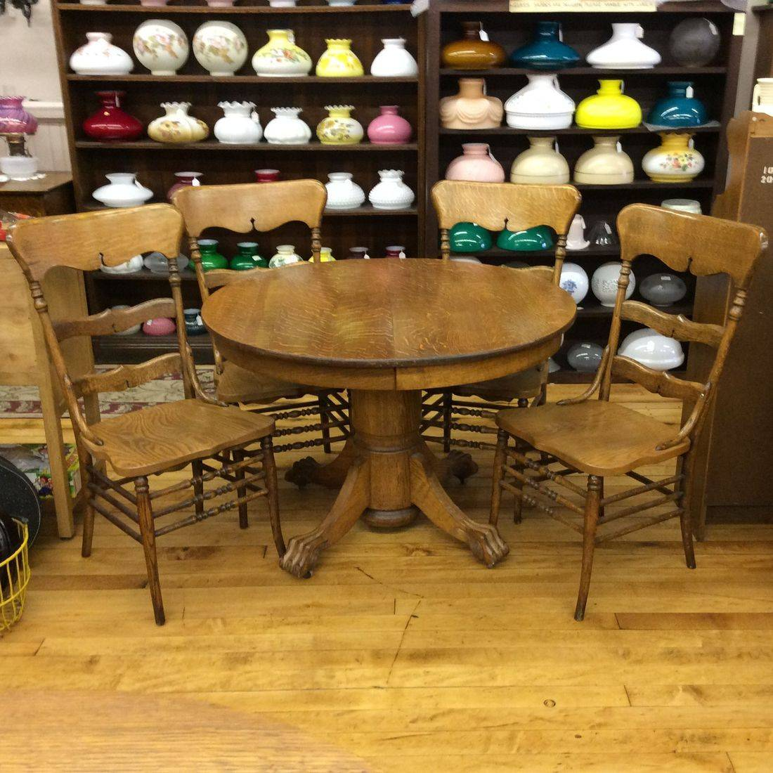 "Early 1900's Quarter-Sawn / Tiger Oak 42"" Round Table w/Carved Claw Feet and 4-Curved-Back Oak Chairs   $399.00"