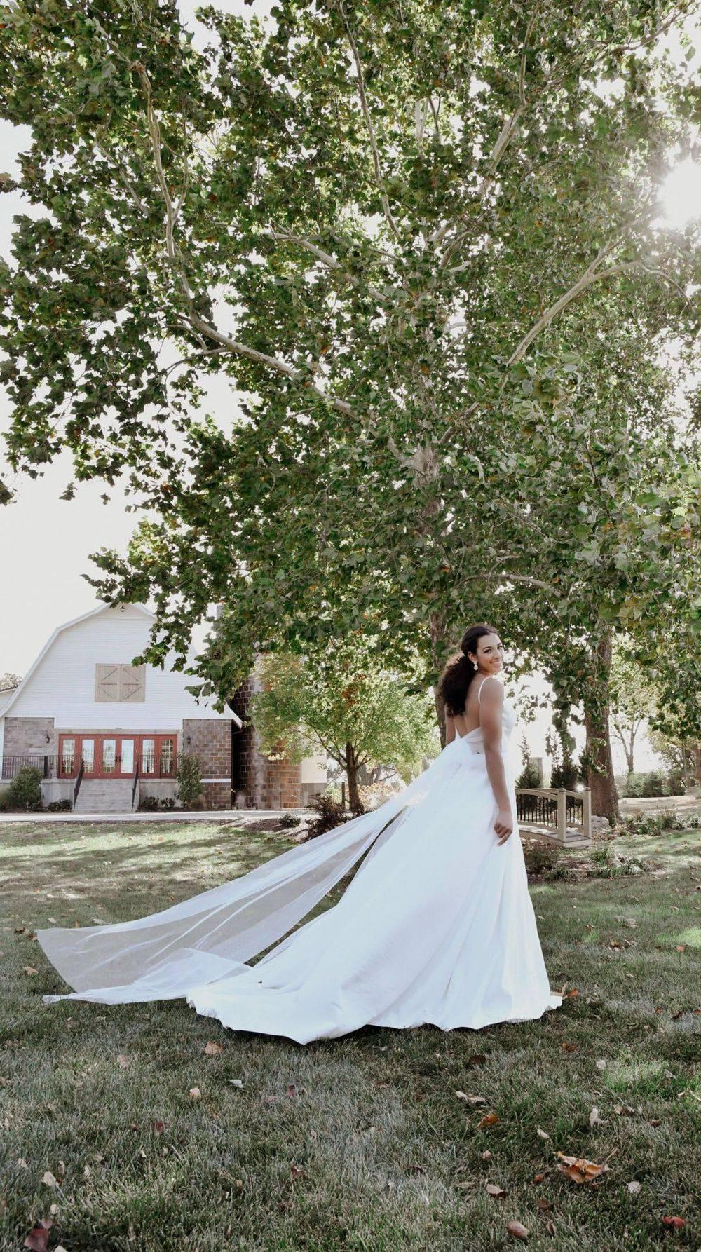 stella york lace back wedding dress 6933