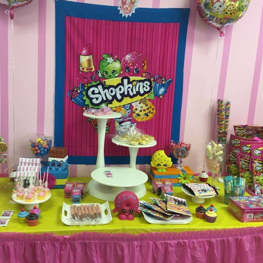 Cake decorating party, shopkins candy table