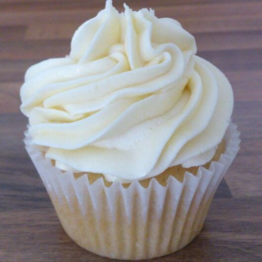 Vegan vanilla sponge cake and gluten free