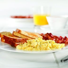 Hotel with Free Hot Breakfast