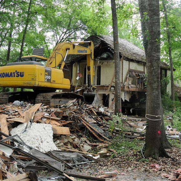 demo, demolition, tear down house, house demo, excavation, building demo