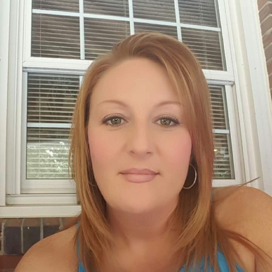 Cindy Altares | Travel Agent | Norfolk 23503